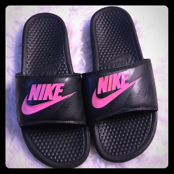 368d5ff21e96c1 Nike Benassi Solarsoft Womens Slide Sandals!!! M 5ae4f2fcc9fcdffda7952459